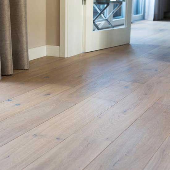 lựa chọn sàn gỗ