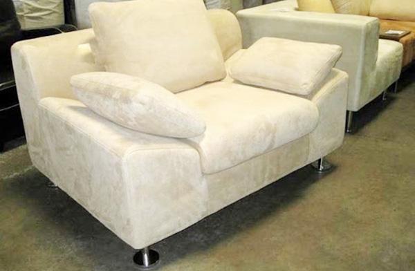 sự khác nhau giữa sofa nỉ và sofa vải