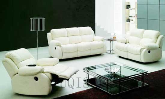may nệm ghế sofa tại nhà